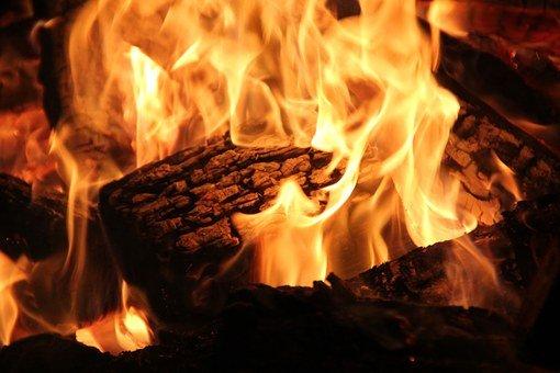 open-fire-73288__340XYhxqlewLrFvy